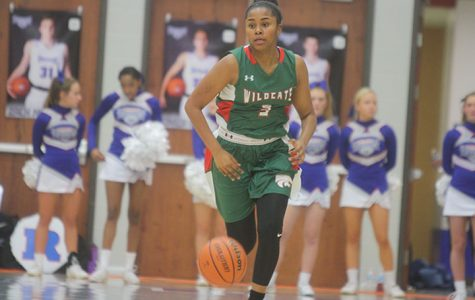 Girls Basketball vs. HSE : Photo Gallery