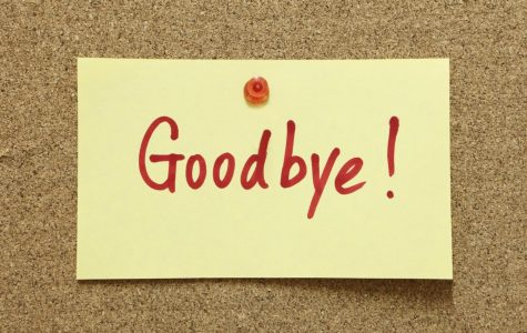 Teacher goodbyes to 2019 senior class