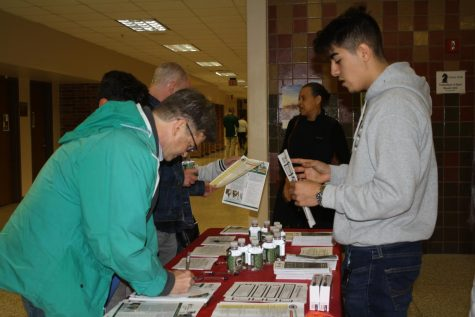 LN hosts open house for future students