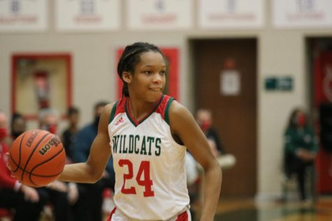 Varsity Girls Basketball, Lawrence North vs Lawrence Central (86-66): Photo Gallery