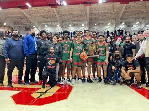 Boys Basketball team wins regional championship
