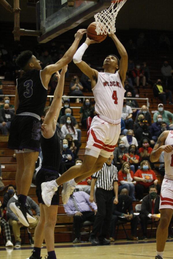 Boys+basketball+win+Semi-State+championship